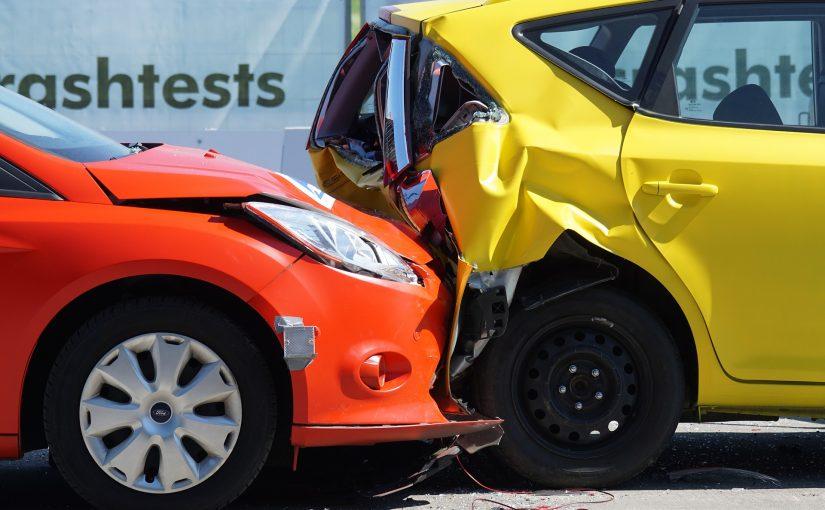 wypadek dwóch aut