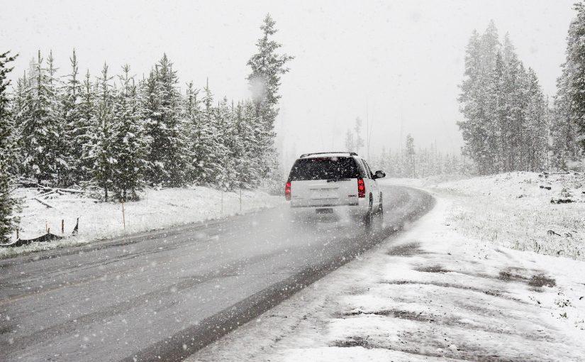 Zimowe wyjazdy wynajętym autem